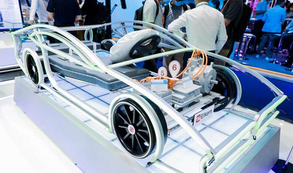 巴斯夫Ultradur High Speed 助力打造輕量減排的車頂棚框架
